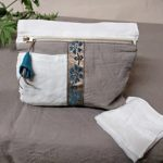 Pochette lin lavé et ruban ancien - Meubles peints et articles textile - La Maison Chamarrée