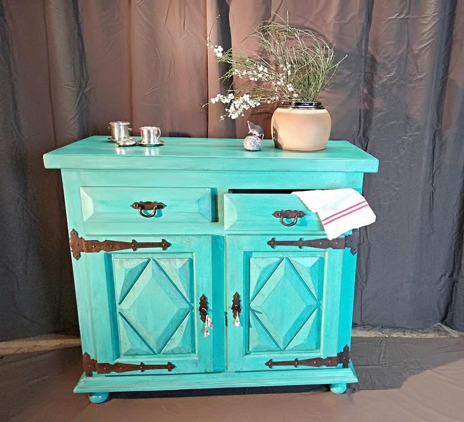 Buffet peint turquoise